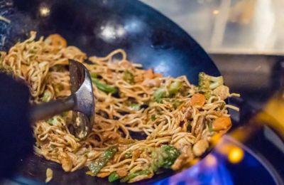 Το πιο νόστιμο πιάτο: Νoodles με κοτόπουλο
