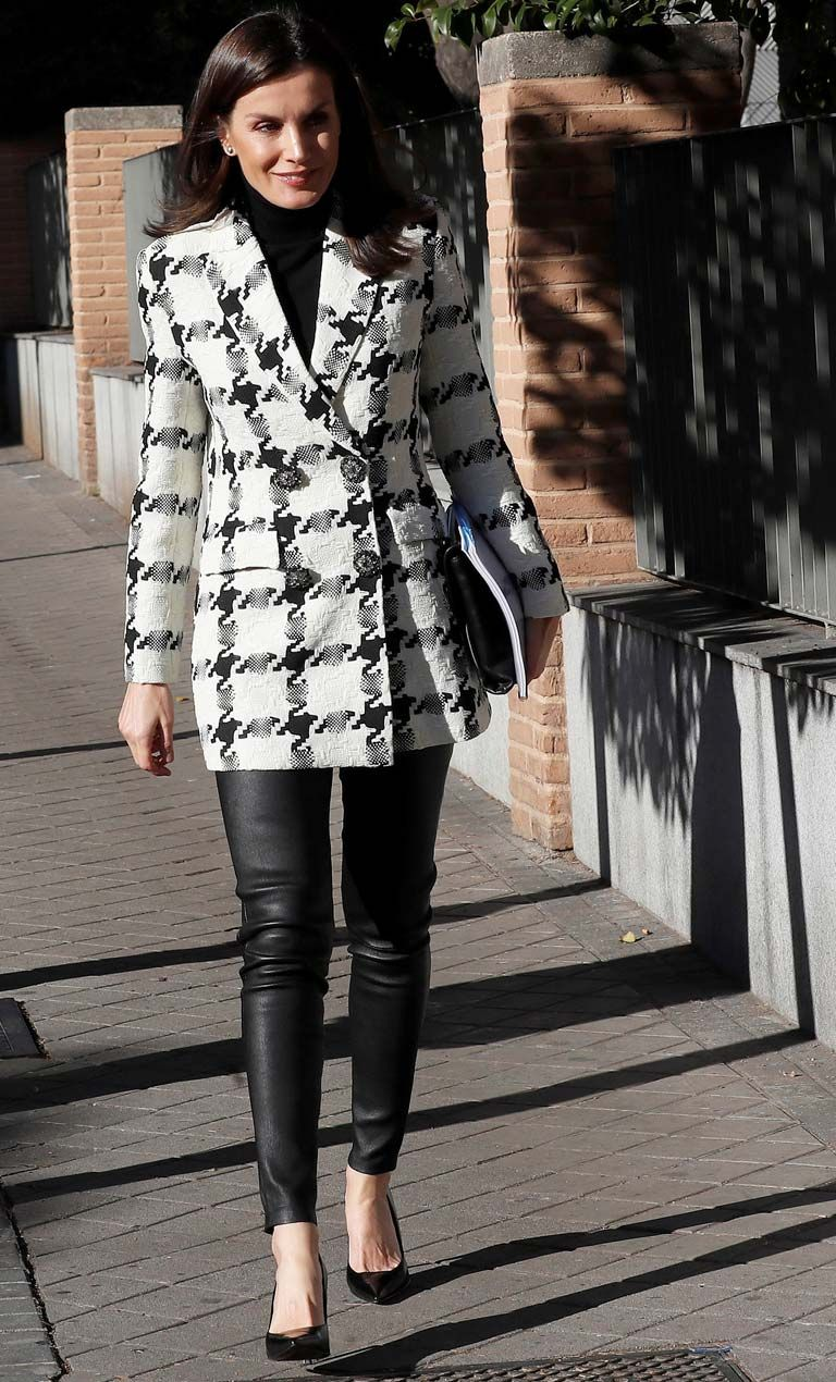 Love for Houndstooth