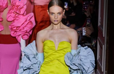 H couture συλλογή του Valentinο είναι κομμένη και ραμμένη για red carpet