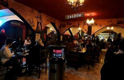 Serial Griller Bar & Grill: Αμήχανη επανεκκίνηση σε νέα στέγη