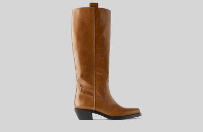 Δερμάτινη μπότα από Zara