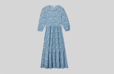 Floral φόρεμα €17.99 από Stradivarius