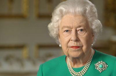 Κι όμως, η στυλιστική επιλογή της βασίλισσας δεν ήταν τυχαία