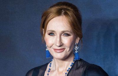 Η J. K. Rowling λέει ότι ανάρρωσε πλήρως από τον κορωνοϊό