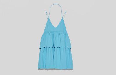 Φόρεμα με βολάν €29.95 από Zara
