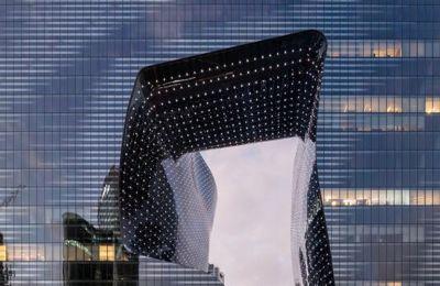 Μια ματιά στο ξενοδοχείο ME Dubai που σχεδίασε η Zaha Hadid