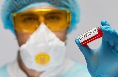 Κίνα: Θετικός στον ιό ο ένας στους έξι αναρρώσαντες