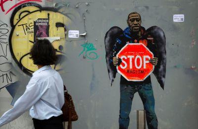 Βίντεο: Βήμα προς βήμα η σύλληψη του George Floyd