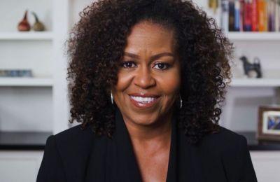 H Michelle Obama βράβευσε την Beyoncé