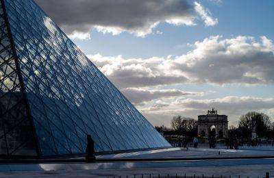 Ανοίγει για το κοινό το Μουσείο του Λούβρου