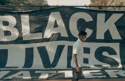 Μαύροι στυλίστες ιδρύουν τη Black Fashion & Beauty Collective