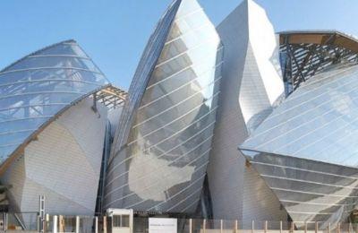 Fondation Louis Vuitton: Έκθεση αφιερωμένη στην Cindy Sherman