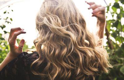Το ελαιόλαδο είναι τελικά καλό για τα μαλλιά σας;