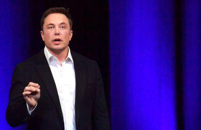 H αλλαγή στην εμφάνιση του Elon Musk που κράτησε κρυφή
