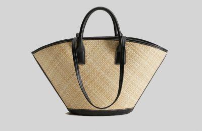Ψάθινη τσάντα €25.99 από Mango
