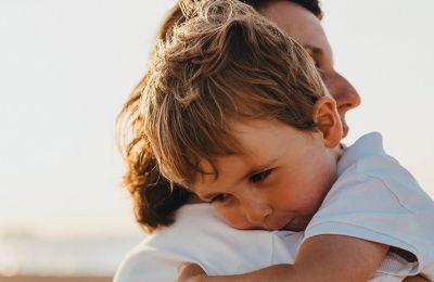Οι ενοχές των χωρισμένων γονιών που επιθυμούν ένα σύντροφο