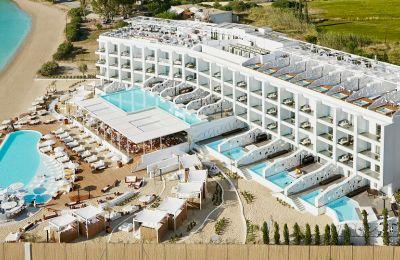 Καλοκαίρι στην Ελληνική Ριβιέρα
