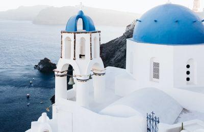 Το ελληνικό μπλε είναι το beauty inspo που χρειαζόμασταν
