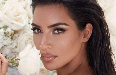 Η Kim Kardashian σε ένα throwback από την πρόβα νυφικού της