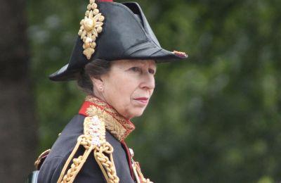 Τα νέα πορτρέτα για τα γενέθλια της πριγκίπισσας Άννας