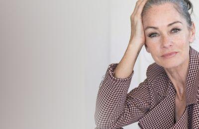 Τo make up tip που θα σας κάνει να φαίνεστε νεότερες