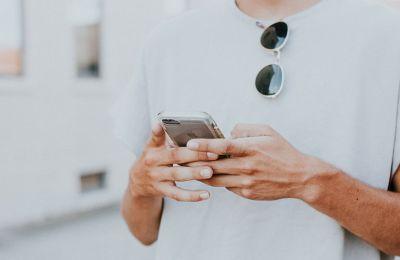 Πώς επηρεάζονται οι νέοι από το «sexting»;