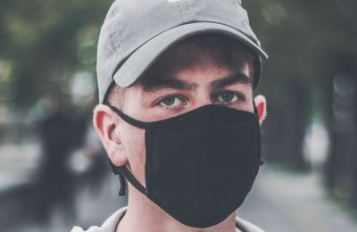 Πώς φυλάμε τις μάσκες στο σπίτι ώστε να είναι ασφαλείς για χρήση και καθαρές
