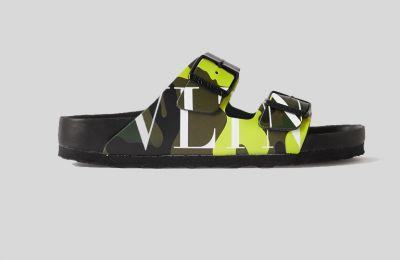 Valentino δερμάτινα sandals €395 από Net-a-poerter
