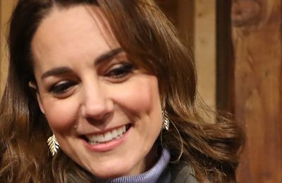 Kate Middleton: Η νέα εμφάνιση της και το κολιέ για τα παιδιά της