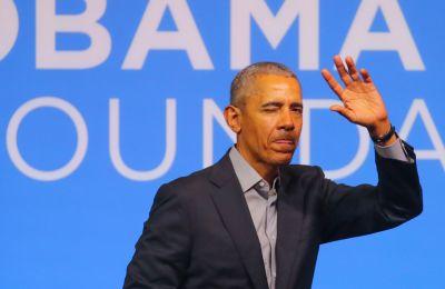 Ο Barack Obama έδωσε το κινητό του στην δημοσιότητα