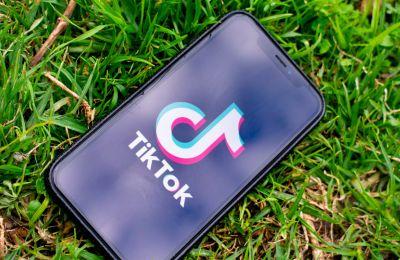 ΗΠΑ: Προσωρινό «φρένο» στην απαγόρευση του TikTok