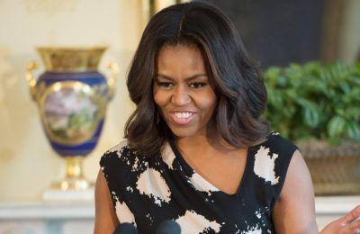 Η Michelle Obama βαρέθηκε τις κόρες της, Sasha και Malia στην καραντίνα