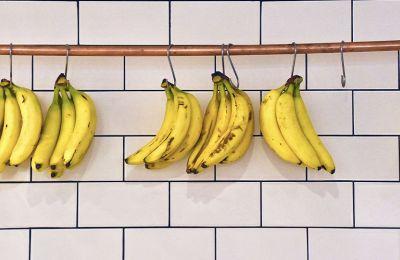 DIY: 2 μάσκες με μπανάνα για τέλεια επιδερμίδα και μαλλιά