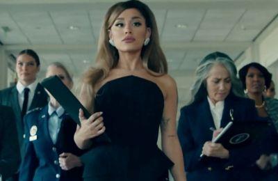 Τι κάνει η Ariana Grande στον Λευκό Οίκο;