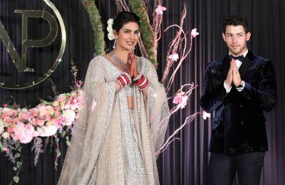 Στιγμιότυπο από τον γάμο της Priyanka Chopra και του Nick Jonas το 2018 στην Ινδία