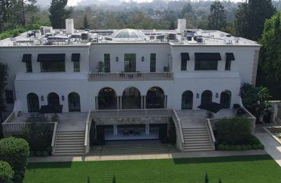 Ξενάγηση σε μια έπαυλη $70 εκατομμυρίων στο Λος Άντζελες