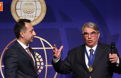 Πρεσβευτής για την Ελληνική και Διεθνή Γαστρονομία 2020 ο Παναγιώτης Παπαφιλίππου