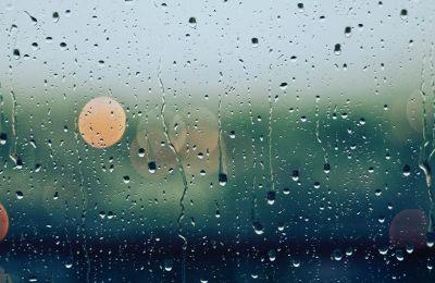 Μεμονωμένες βροχές και καταιγίδες το βράδυ