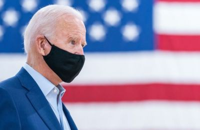 Η ομάδα επικοινωνίας του Joe Biden είναι μόνο γυναίκες