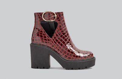 Μπορντό ankle boots €29 από Topshop