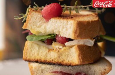 Το must πιάτο της ημέρας είναι σάντουιτς με γαλοπούλα που απέμεινε