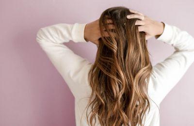 Πώς να βάψεις τα μαλλιά σου μόνη σου