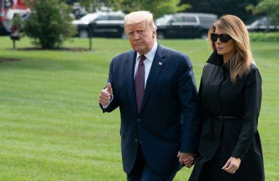 Το αποχαιρετιστήριο μήνυμα της Melania και οι σπόντες για τους οπαδούς του Trump