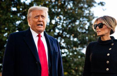 Τέρμα οι τυπικότητες για την Melania: Αγνοεί τον Trump και τους φωτογράφους