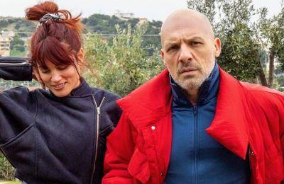 Μουτσινάς - Συνατσάκη: Υπέγραψαν σύμφωνο συμβίωσης και ο λόγος δεν είναι αυτός που φαντάζεσαι