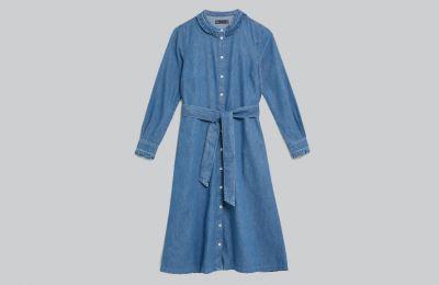 Denim φόρεμα με ζώνη €62 από Marks & Spencer