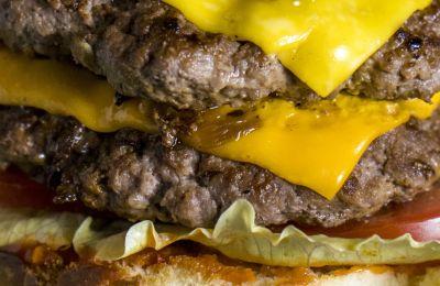 5 σεφ μάς λένε το μεγάλο τους μυστικό για τέλειο burger