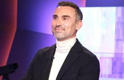 Γιώργος Καπουτζίδης σε Αλέξη Κούγια: «Είμαι ένας ευτυχισμένος και άνεργος ομοφυλόφιλος»