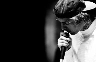 Ο Justin Bieber αναζητεί δικαιοσύνη μέσα από την μουσική του