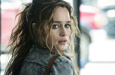 H Emilia Clarke πρωταγωνιστεί σε μια ιστορία που συγκλόνισε το FBI